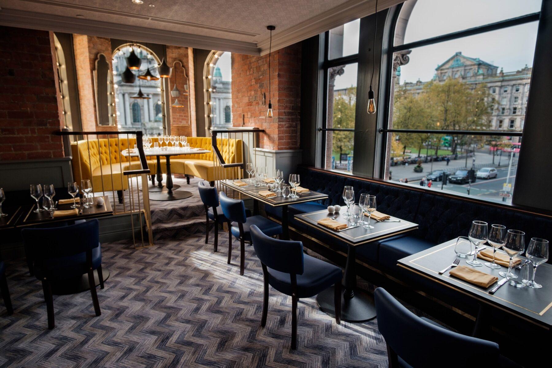 Café Parisien, Belfast   Abbey Upholsterers